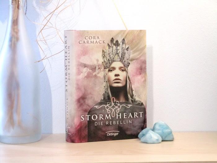 Rezension | Stormheart – Die Rebellin von Cora Carmack