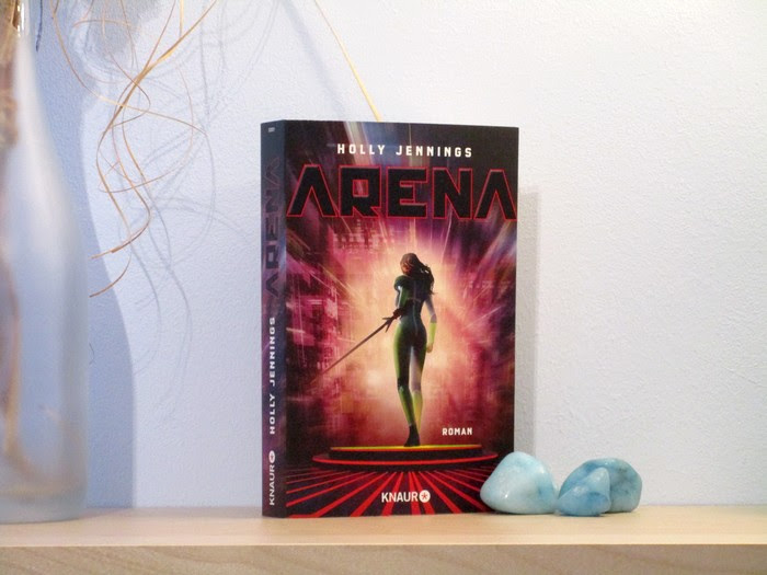 Arena von Holly Jennings