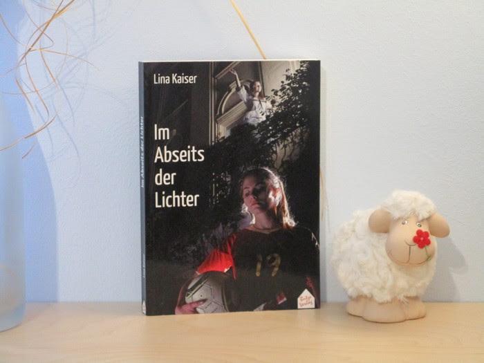 Rezension zu Im Abseits der Lichter von Lina Kaiser