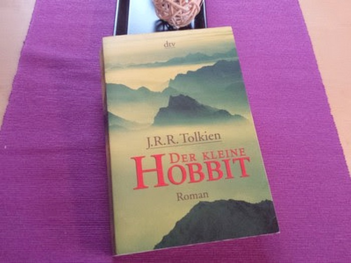 Rezension | Der kleine Hobbit von J.R.R. Tolkien