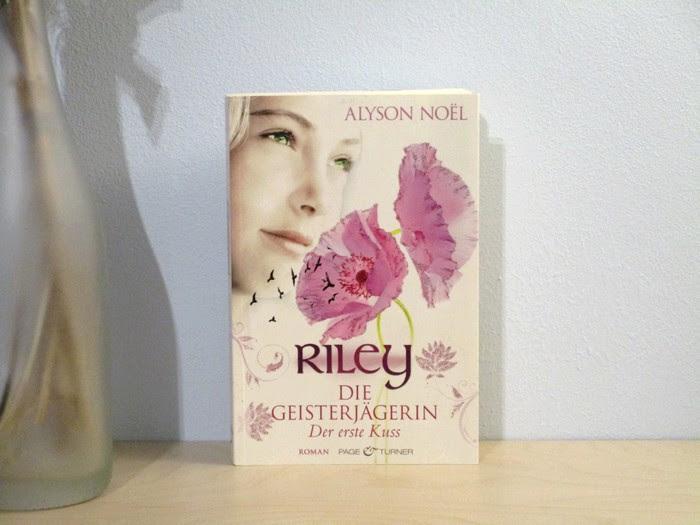 Rezension zu Riley – Der erste Kuss von Alyson Noël
