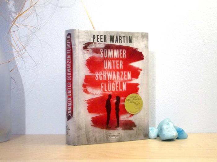 Sommer unter schwarzen Flügeln von Peer Martin