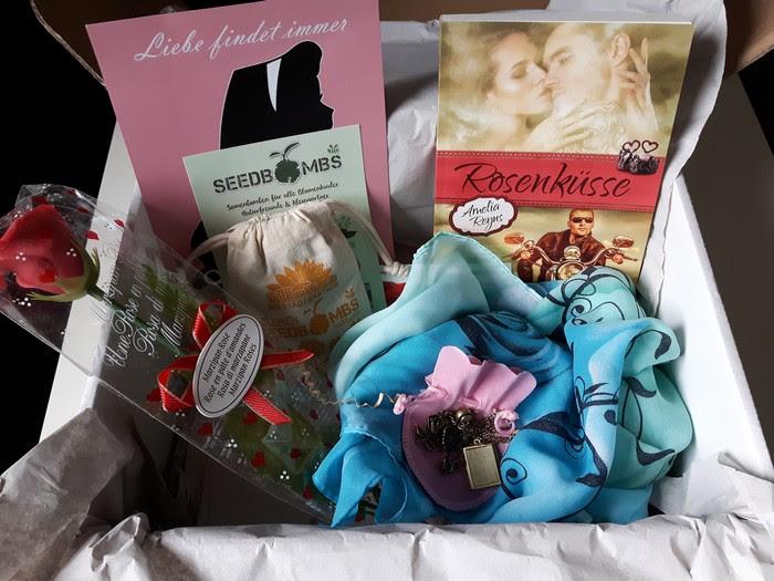 Lesekatzen-Buchbox - Der Inhalt der Juni - Box