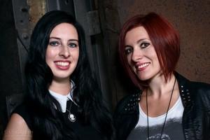 Autorinnen Nadine d'Arachart und Sarah Wedler