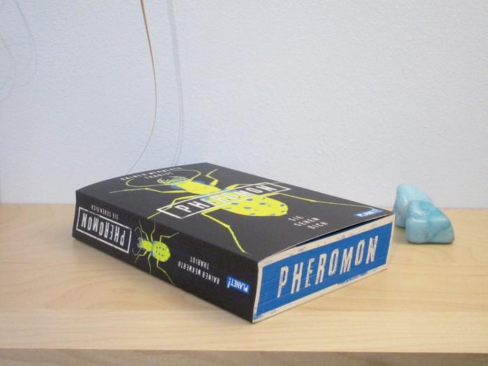 Pheromon - Sie sehen dich von Rainer Wekwerth und Thariot