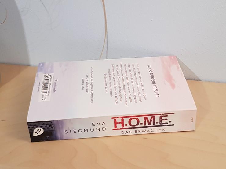 Rezension H.O.M.E. - Das Erwachen von Eva Siegmund