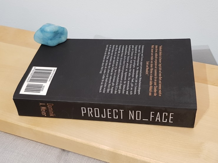 Rezension Project No_Face von Dominik A. Meier
