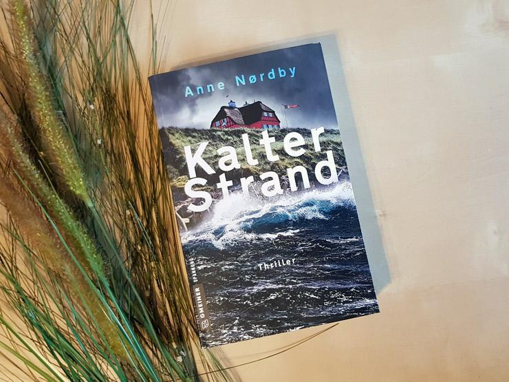 Kalter Strand von Anne Nordby
