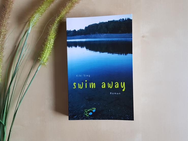 Swim Away von Kiki Sieg