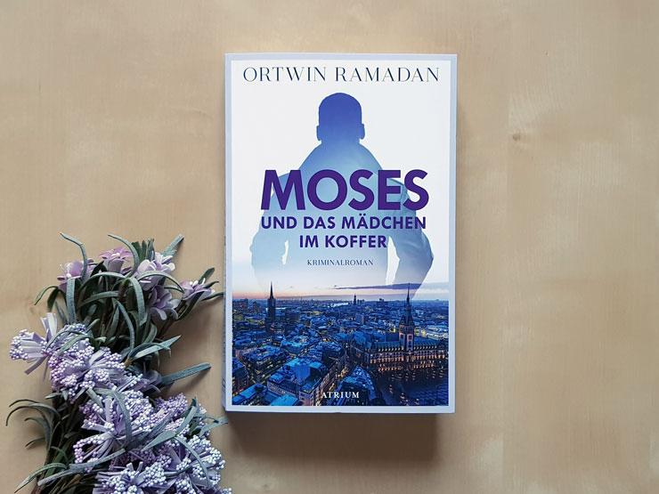 Moses und das Mädchen im Koffer von Ortwin Ramadan